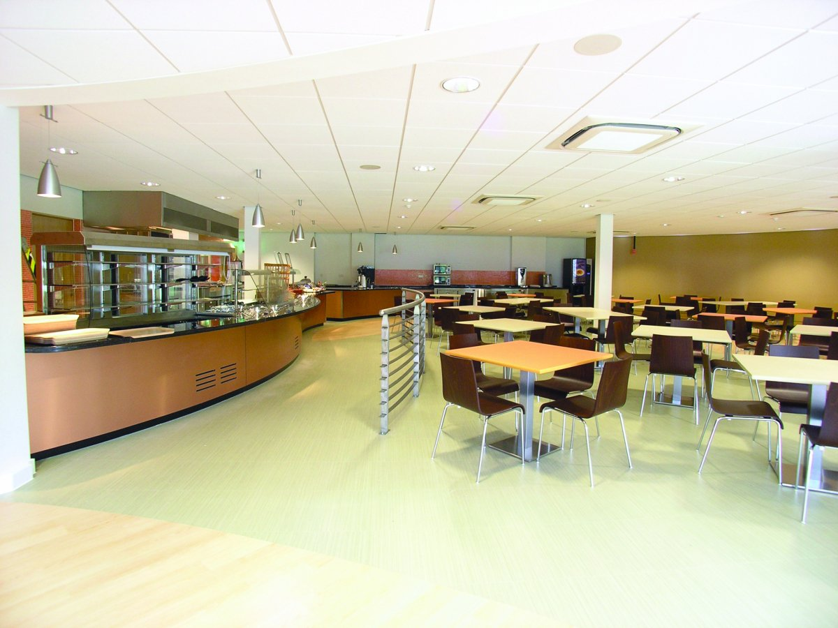 Daikin Ceiling Roundflow Cassette Ceiling Unit in Office Canteen